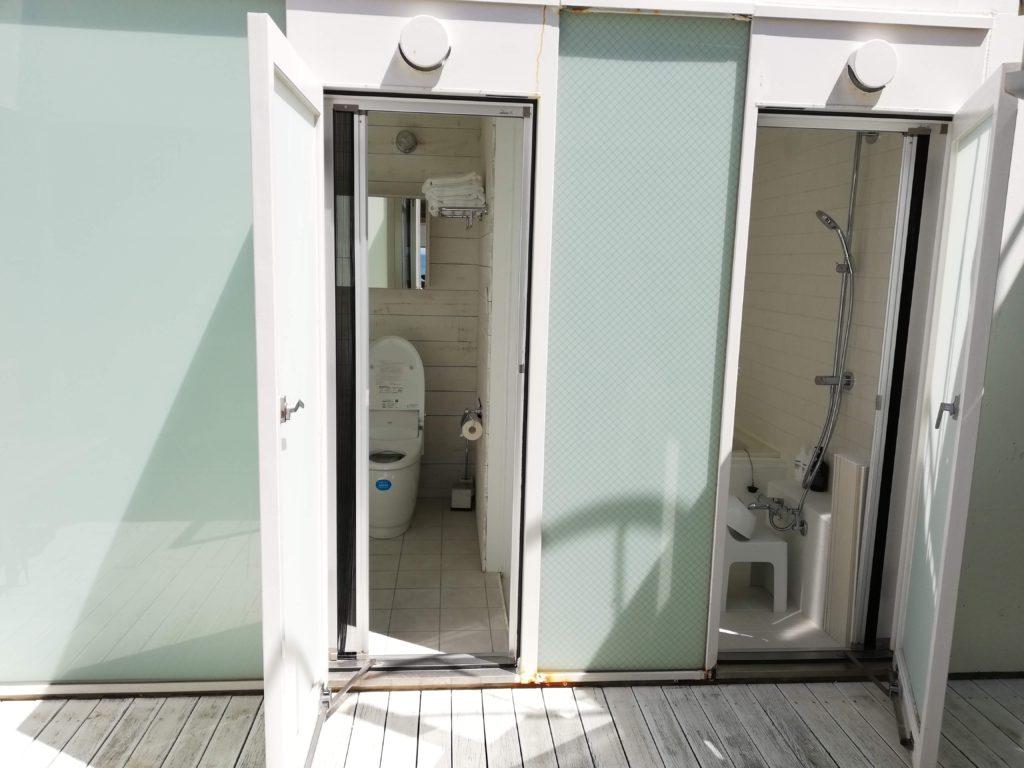 中庭はトイレとシャワー直結