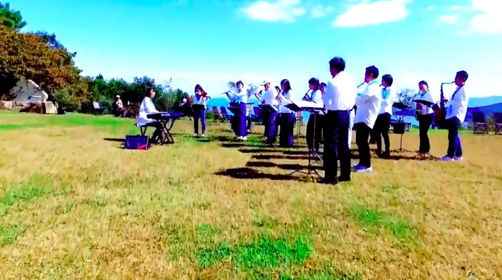 岡山県人で演奏する「100人オケ」の様子